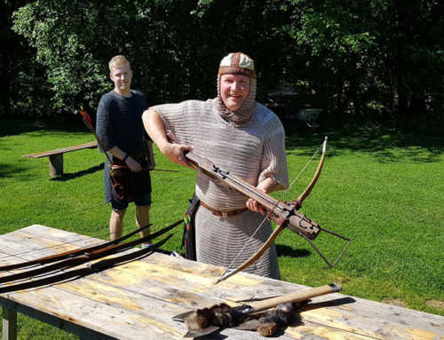 Archery, axe-throwing and crossbow shooting workshop